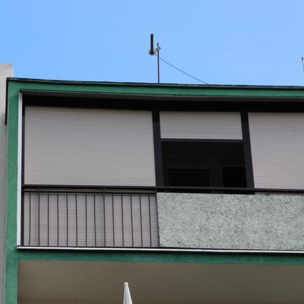 roleta zewnętrzna na balkonie