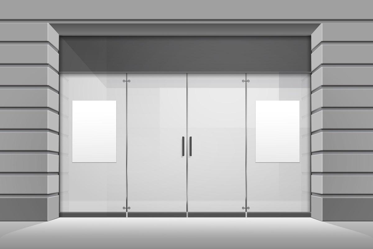 Białe drzwi wejściowe pcv