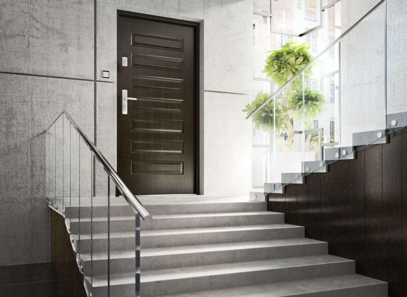 drzwi firmy KMT brąz